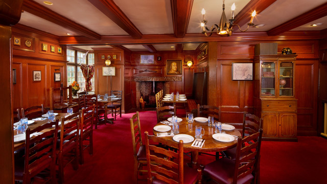 Le Cellier Steakhouse at EPCOT: A Review (1/2)