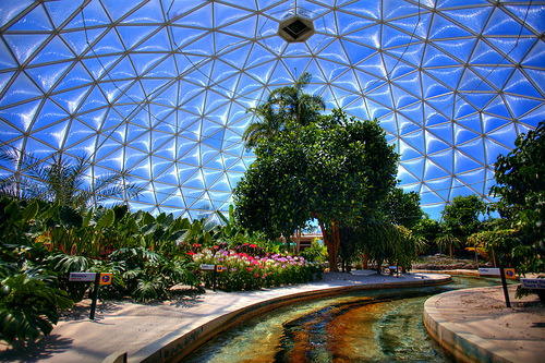 Top Five locations in EPCOT to wait out a Zombie Apocalypse! (1/3)