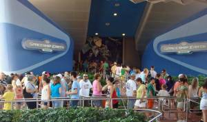 Long-Lines-at-Disney-World