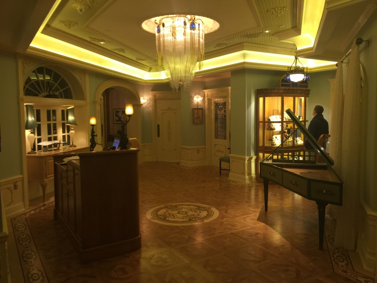 Club 33 Lobby area
