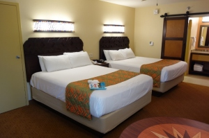 Queen-Beds-in-Refurbed-Rooms-at-Disneys-Caribbean-Beach-Resort-from-yourfirstvisit.net_